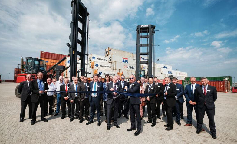solent stevedores opens container storage facility at London Gateway port