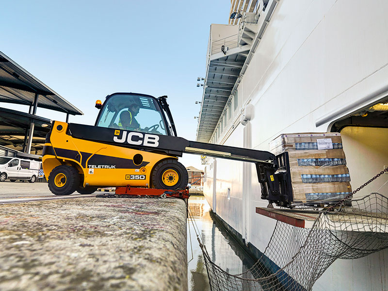 Solent Stevedores prepares for MV Iona at Port of Southampton